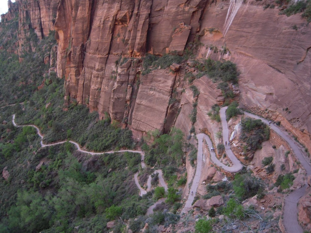 Angel's Landing, Zion National Park, Canyon Tours, College Travel Blog