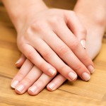 3 Ways to Keep Your Nails Looking Great During Travel