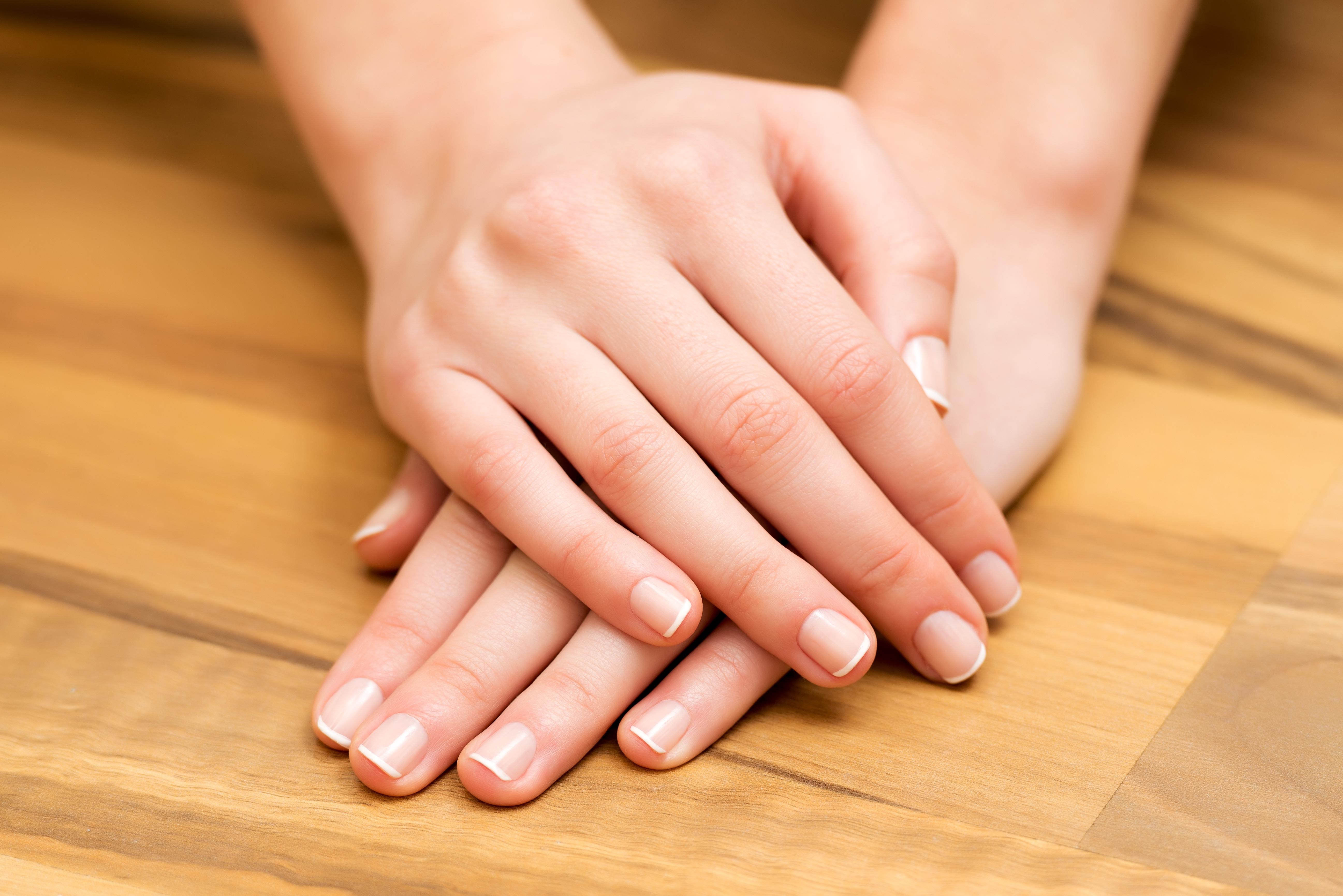 Маникюр на большом пальце руки фото
