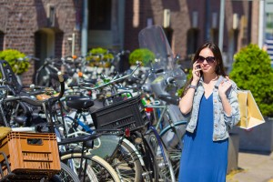 woman shopping in amsterdam