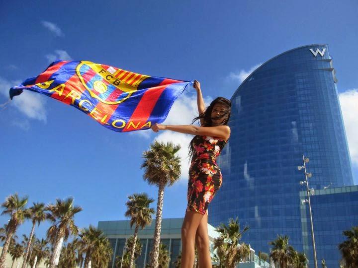 barca girl with fc barcelona flag